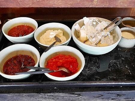 シェムリアップ プーム バイタン リゾート Phum Baitang Resort ホテル 田園 宿泊記 プール BAY PHSAR レストラン 食事 朝食 ジャム バター