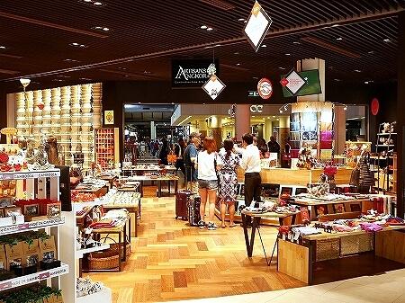 カンボジア シェムリアップ空港 Artisans Angkor お土産 店
