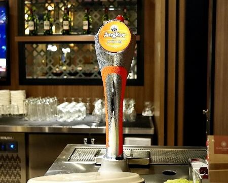 シェムリアップ国際空港 プラザプレミアムラウンジ Plaza Premium Lounge プライオリティパス カンボジア 食べ物 食事 アンコールビール