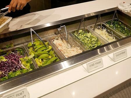 ハワイ POKE&BOX ポケ&ボックス アラモアナセンター ポケ丼 ポキ丼 ポケボックス フードコート サラダ
