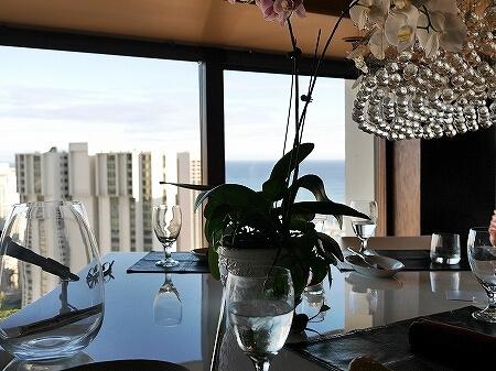 シグネチャープライムステーキ&シーフード The Signature Prime Steak & Seafood ハワイ アラモアナホテル ハッピーアワー ピアノ 席