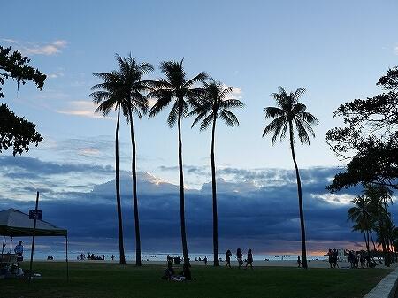 ハワイ アラモアナビーチパーク サンセット アラモアナホテル 最寄りのビーチ 夕日 夕焼け