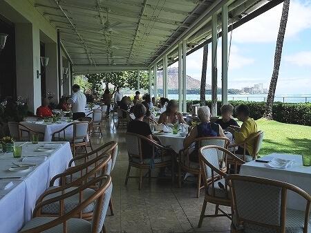 ハワイ ハレクラニホテル 朝食 オーキッズ エッグベネディクト おすすめ Orchids オーキッド テラス席 景色 眺め