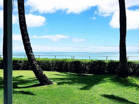 ハワイ ハレクラニホテル 朝食 オーキッズ エッグベネディクト おすすめ Orchids オーキッド テラス席 眺め 景色 ダイヤモンドヘッド