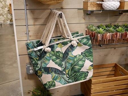 ハワイ Eden in Love エデン・イン・ラブ ワードビレッジ お土産 洋服 雑貨 セレクトショップ バッグ