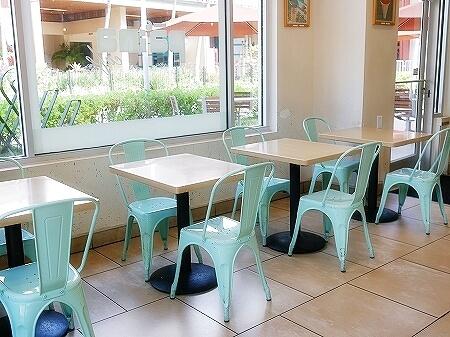 ハワイ パイナカフェ パイーナカフェ アサイーボウル ワードビレッジ ワードセンター カカアコ 席