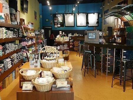 ハワイ ブルーハワイライフスタイル Blue Hawaii Lifestyle アラモアナセンター 店内 お土産