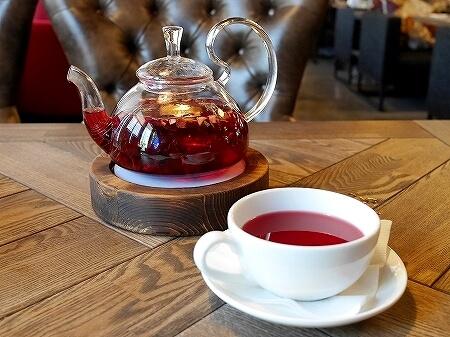 ウラジオストク グス・カラス ロシア料理 おすすめレストラン お茶