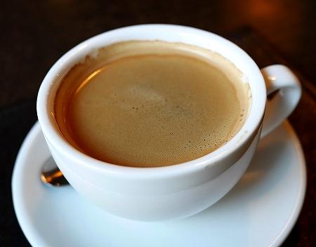 ウラジオストク ショコラドニッツァ ШОКОЛАДНИЦА おすすめカフェ ロシア アメリカーノ コーヒー