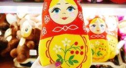 ウラジオストクのおすすめお土産屋さん「ブラッドギフツ」広くて大充実!マトリョーシカのぬいぐるみやハンドタオルもかわいい♡(ヴラドギフツ)