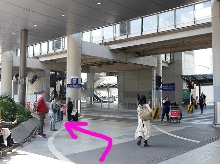 香港空港 バス乗り場の場所 香港シティゲートアウトレット 行き方