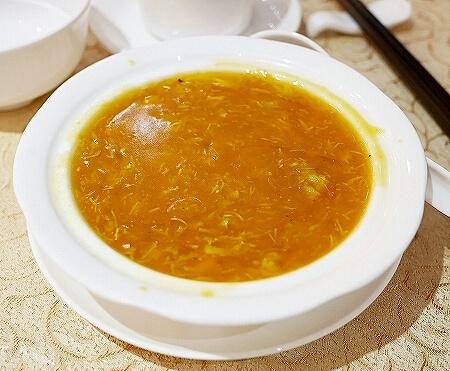 香港 蟹味噌 滬江大飯店 上海蟹 Wu Kong Shanghai Restaurant おすすめ 一人旅 カニフカヒレスープ
