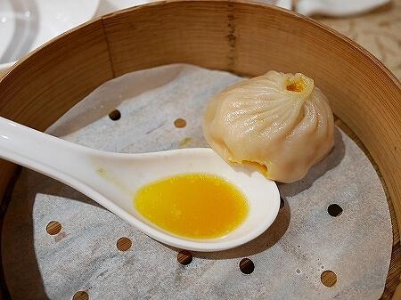 香港 蟹味噌 滬江大飯店 上海蟹 Wu Kong Shanghai Restaurant おすすめ 一人旅 蟹小籠包