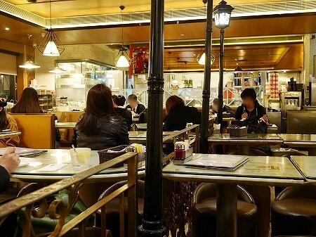 香港 翠華餐廳 すいかレストラン 富東広場 喫茶店 店内