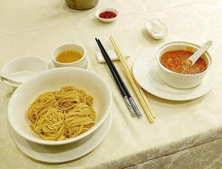 香港 老上海飯店 湾仔 上海蟹 蟹味噌麺 ヌードル 蟹粉撈麺 蟹粉拌麺