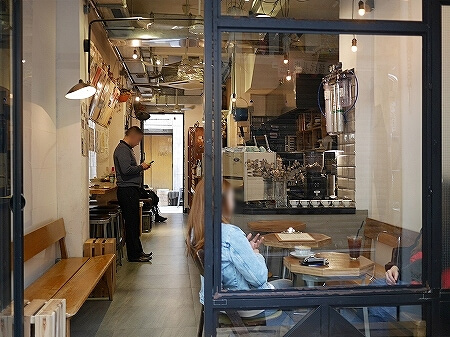 香港 ハーフウェイコーヒー Halfway Coffee 半路咖啡 店内