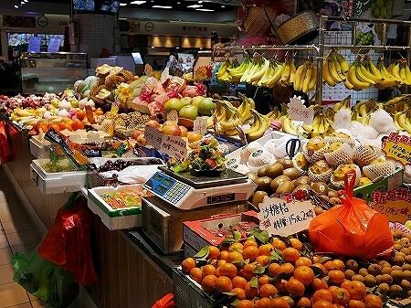 香港 市場 ローカルマーケット 富東街市 富東広場 Fu Tung Plaza フルーツ 果物