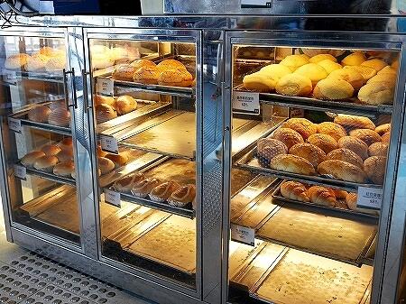 香港 翠華餐廳 すいかレストラン 富東広場 喫茶店 パイナップルパン テイクアウト