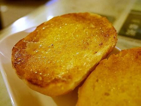 香港 翠華餐廳 すいかレストラン 富東広場 喫茶店 ロールパンのトースト甘いコンデンスミルクがけ