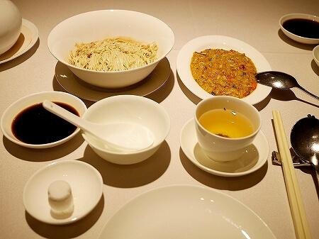 香港 留園雅叙 蟹味噌麺 蟹粉拌麺 上海蟹 カニミソ