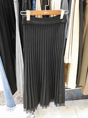 香港 服の問屋街 荔枝角 香港工業中心 ライチーコック ライチコック 行き方 場所 プリーツスカート