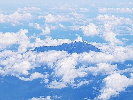 ブルネイ直行便 ロイヤルブルネイ航空搭乗記 成田-ブルネイ BI696 BI695 機内 席 景色 眺め キナバル山 左側