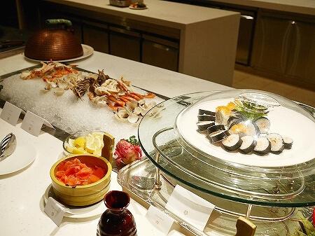 ブルネイ 7つ星ホテル エンパイアホテル 宿泊記 パンタイ ビュッフェディナー The Empire Brunei PANTAI  夕食 レストラン ブログ シーフード