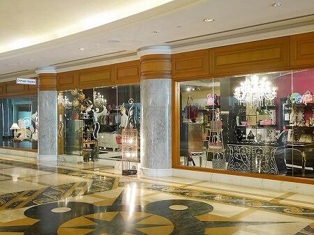 ブルネイ 7つ星ホテル エンパイアホテル宿泊記 ショップ・お土産屋さん The Empire Brunei ファッション 洋服