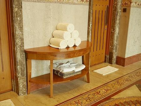 ブルネイ 7つ星ホテル エンパイアホテル 宿泊記 アクティビティ・施設 The Empire Brunei スパ ジム 室内プール