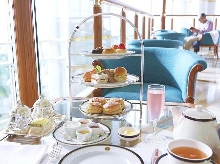 ブルネイ 7つ星ホテル エンパイアホテル 宿泊記 The Empire Brunei 旅行記 アフタヌーンティー ロビーラウンジ