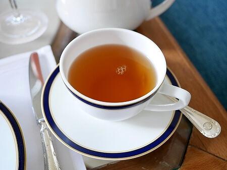 ブルネイ 7つ星ホテル エンパイアホテル 宿泊記 The Empire Brunei 旅行記 アフタヌーンティー 紅茶 飲み物