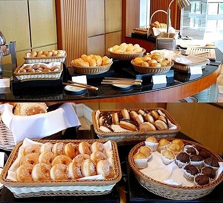 ブルネイ 7つ星ホテル エンパイアホテル宿泊記 朝食 The Empire Brunei レストラン パン
