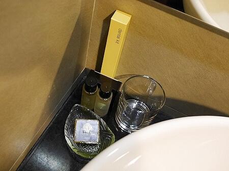 ザ・ブルネイホテル宿泊記 おすすめ 旅行記 ブログ 室内 部屋 スーペリアルーム バスルーム トイレ アメニティ