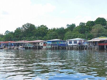 ブルネイ カンポン・アイール 世界最大の水上集落 ボートクルーズ 旅行記 ブログ 観光 金曜礼拝 お祈り