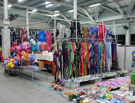 ブルネイ ガドンナイトマーケット ローカルフード おすすめグルメ ブログ 旅行記 洋服 おもちゃ
