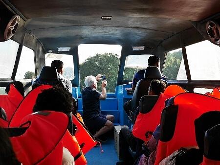 ブルネイ ウル・テンブロン国立公園 日帰りツアー ウル・トゥンブロン国立公園、Ulu Temburong National Park 英語ガイド Freme Travel フレーミートラベル 旅行記 ブログ ボート