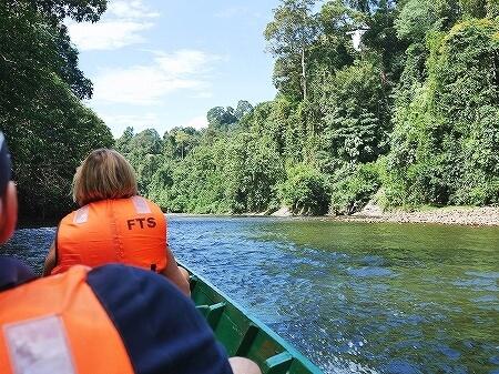 ブルネイ ウル・テンブロン国立公園 日帰りツアー ウル・トゥンブロン国立公園、Ulu Temburong National Park 英語ガイド Freme Travel フレーミートラベル 旅行記 ブログ ロングボート