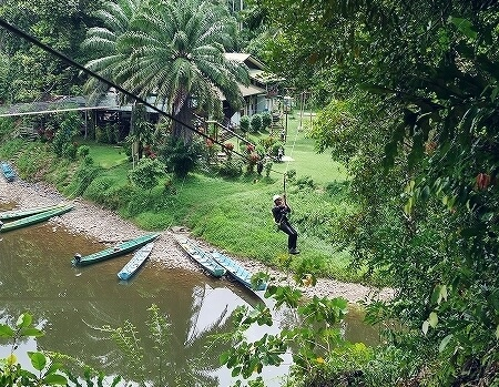 ブルネイ ウル・テンブロン国立公園 日帰りツアー ウル・トゥンブロン国立公園 Ulu Temburong National Park 英語ガイド Freme Travel フレーミートラベル 旅行記 ブログ アクティビティ ジップライン