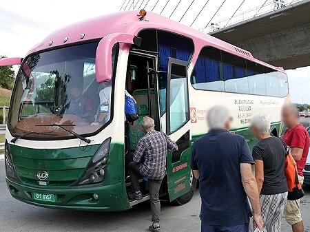 ブルネイ ウル・テンブロン国立公園 日帰りツアー ウル・トゥンブロン国立公園 Ulu Temburong National Park 英語ガイド Freme Travel フレーミートラベル 旅行記 ブログ バス