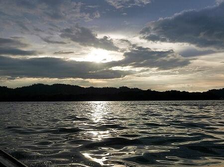 ブルネイのおすすめ観光 ホタル観賞クルーズ ボートチャーター バンダルスリブガワン ブログ 旅行記