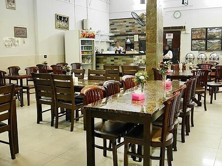 ブルネイ「Seri Damai Restaurant 」おすすめグルメ パキスタン料理レストラン(Rice N Grill - Pakistani Restaurant) 店内