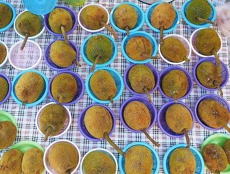 ブルネイ キアンゲマーケット Kianggeh Market 市場 観光 旅行記 ブログ タラップ フルーツ 果物