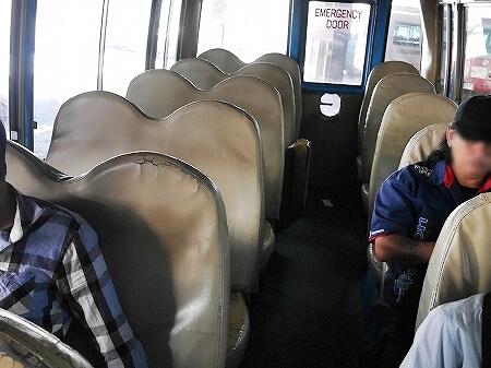 ブルネイのバスの乗り方 BSBバスターミナル 料金 値段 旅行記 ブログ バス停 路線図 バンダルスリブガワン 車内 席