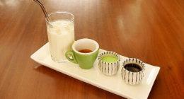 ブルネイのおすすめカフェ「ピッコロカフェ」伝統菓子を再現した「オンデオンデラテ」がレアで美味!(Piccolo Cafe)