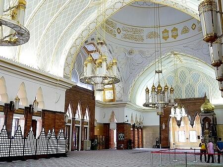 ブルネイ オールドモスク 見学方法 スルタン・オマール・アリ・サイフディン・モスク ブログ 旅行記 観光 Masjid Omar Ali Saifuddien