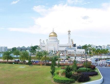 ブルネイ Happy Cream & Co. BIBD Connects Taman Mahkota Jubli Emas オールドモスク アイスクリーム ブログ 旅行記 ハッピークリーム