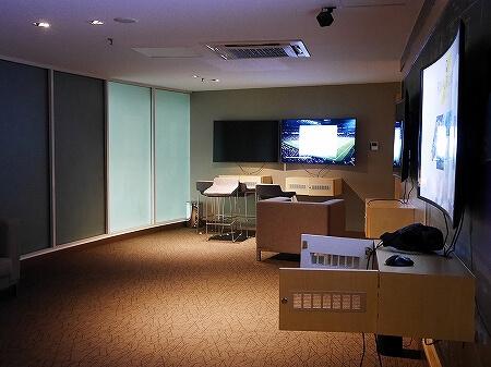 プライオリティパス ブルネイ空港 Sky Lounge 場所 行き方 営業時間 深夜 スカイラウンジ ブログ 旅行記 ゲームエリア