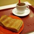 ミルクティーも濃厚美味!シンガポール「ヤクン・カヤ・トースト(Ya Kun Kaya Toast)」
